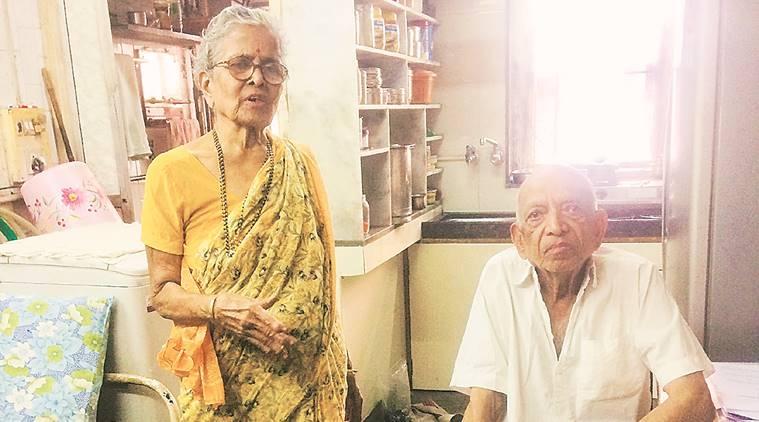 elderly_couple.jpg
