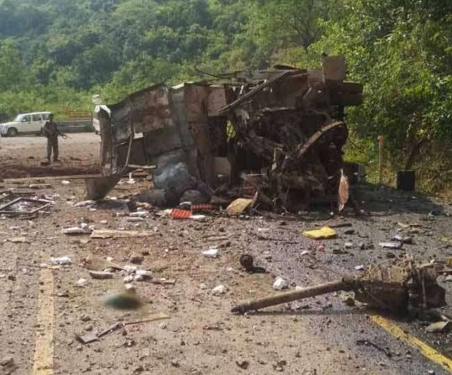 naxal_attack_on_bus_dantewada.jpg