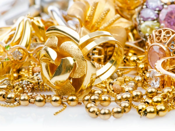goldjewellery.jpg