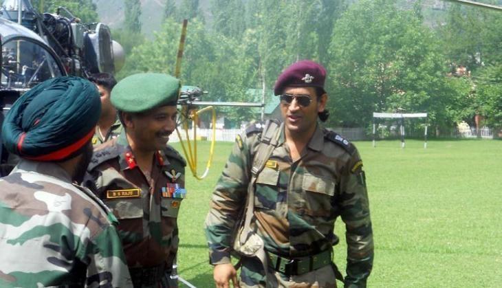 dhoni_army.jpg
