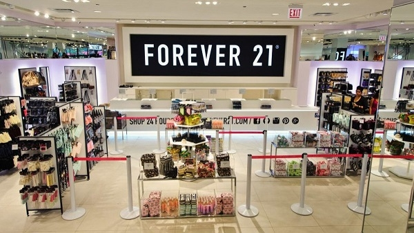 Forever_21_closed_178_stores.jpg