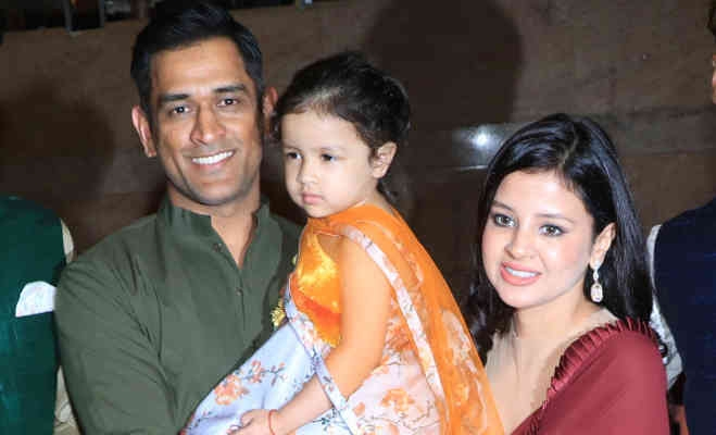 dhoniwithfamily.jpg